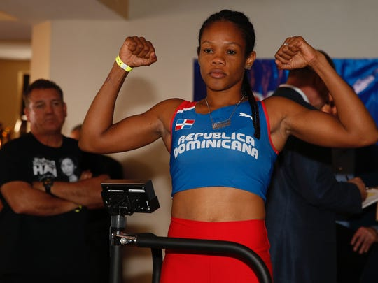 El Pasoan Jennifer Han and her opponent Liliana Martinez weighed-in on Friday before their fight scheduled for Saturday.