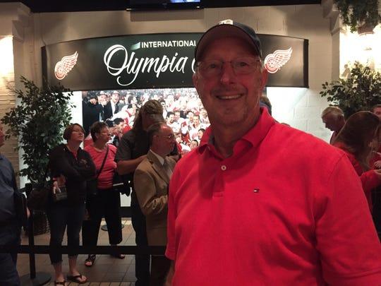 Gordie Howe fan Don Viles at Joe Louis Arena on Tuesday, June 14, 2016