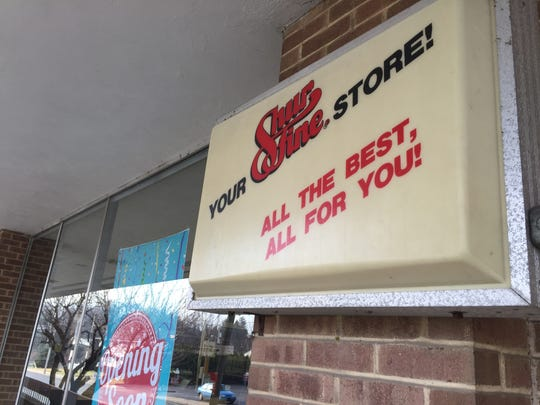 A Shurfine sign at the front entrance of Zweier's FoodKart, 505 S. Lincoln Ave., Lebanon. The store, which reopens Dec. 20, 2017, is now carrying Shurfine products.