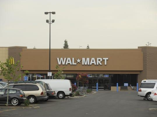 -1018_Walmart_3155.jpg_20101018.jpg