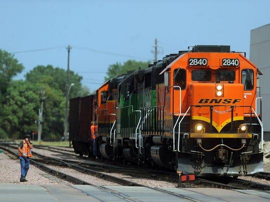 -train02.jpg_20120803.jpg