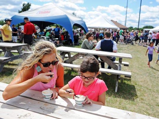 0727 Peach Festival MAIN