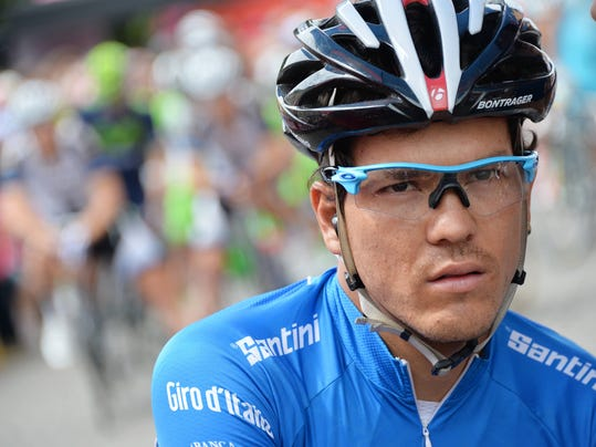 Colombia's Julian David Arredondo Moreno is pictured at the start of the 18th stage of the Giro d'Italia cycling race, from Belluno to Rifugio Panarotta, Italy, Thursday, May 29, 2014. (AP Photo/Gian Mattia D'Alberto)