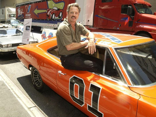 """In this 2002 photo, Tom Wopat is seen with """"The General"""