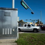 New solution to Pensacola Beach traffic? Engineers can now remotely control traffic lights.