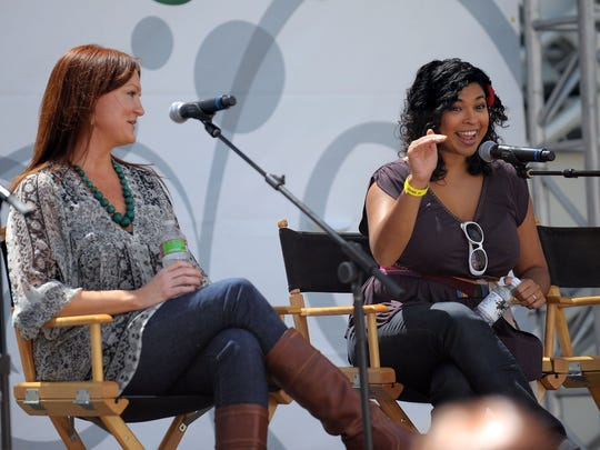 Food bloggers Ree Drummond (L) and Aarti Sequeira participate in the 'Food Blogging & Beyond' panel at the LA Times Celebration of Food & Wine at Paramount Studio on September 5, 2010 in Los Angeles, California.