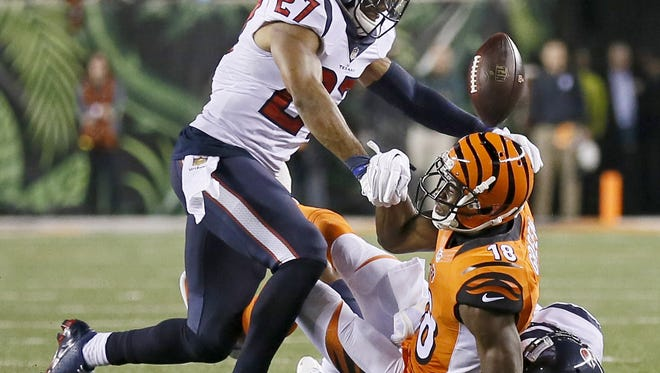 Cincinnati Bengals wide receiver A.J. Green fumbles to end the Bengals' comeback threat on Monday night.