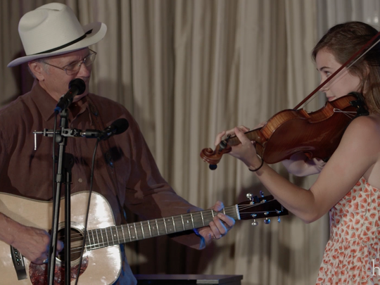 Heifetz student Maura Shawn Scanlin jams with Robin