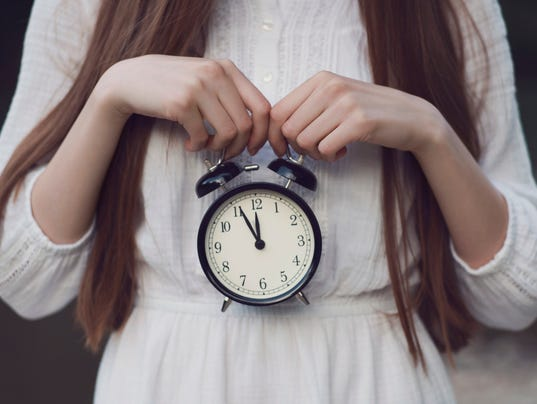 biological clock ticking dating Dating and the baby question navigating your love life while that clock keeps ticking march 12,  biological clock makes some anxious,.