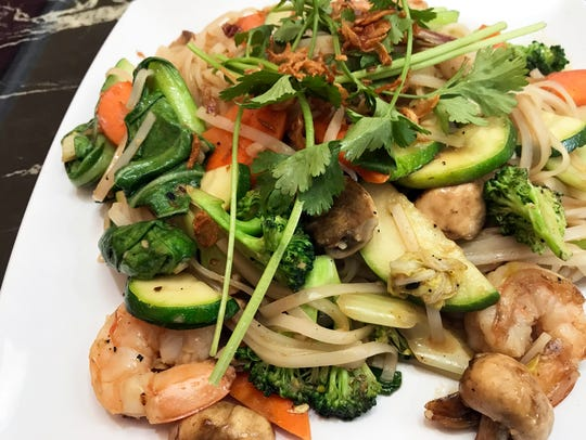 Stir Fried Rice Noodles with Shrimp