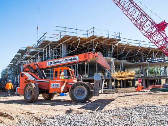 Construction continues at the Contour on Campbell development