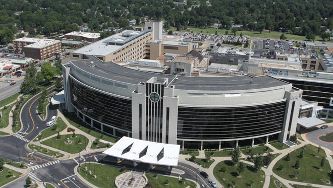Mercy Hospital Springfield is among hundreds of hospitals nationwide that collectively have agreed to pay more than $250 million to settle a Justice Department investigation into whether doctors implanted cardiac devices in violation of Medicare coverage requirements.