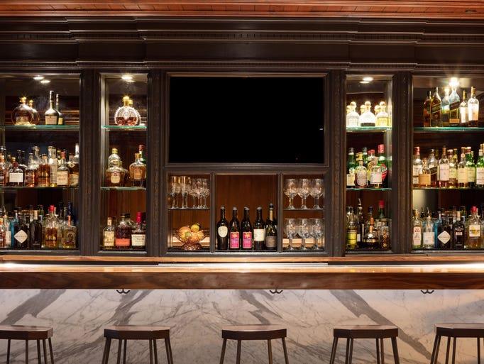 10 Best Hotel Bars Around Phoenix