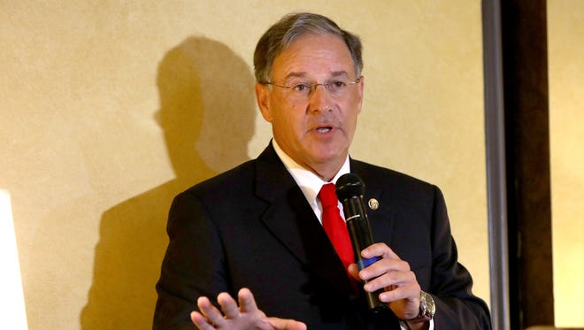 New Jersey Assembly Republican leader Jon Bramnick (R-Union) performs his comedy routine at the Hyde Park Steakhouse in Beachwood, Ohio, Tuesday July 19, 2016.