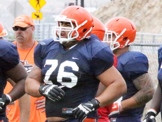 UTEP offensive linemen Derron Gatewood, 65, Will Hernandez, 76 and Jerome Daniels, 70 work out during a practice at Glory Field on Sept. 9, 2016.
