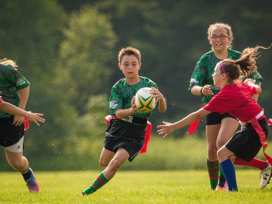 636367617336804157-AAP-AA-FDL-YOUTH-RUGBY-BALL.jpg