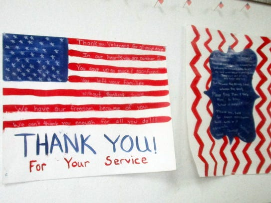 Horizon City Girl Scouts made posters for veterans.