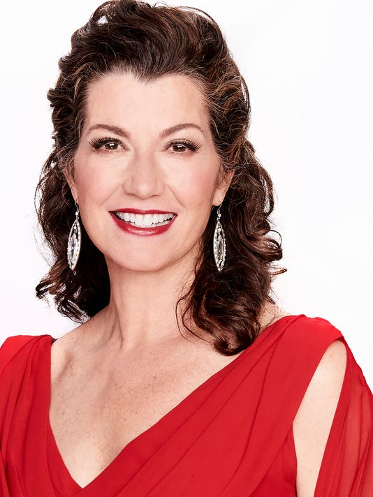 Amy Grant Christmas.Amy Grant Takes A Contemplative Look At Christmas In