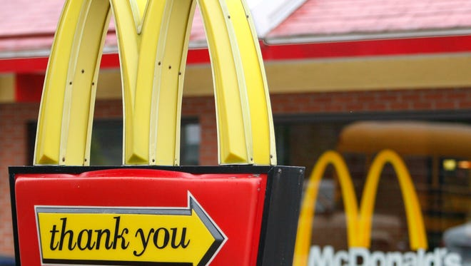 The McDonald's 'Signs' commercial that aired during the Golden Globes shows signs from across the country ranging from references to the 9/11 terror attacks to thanking veterans.