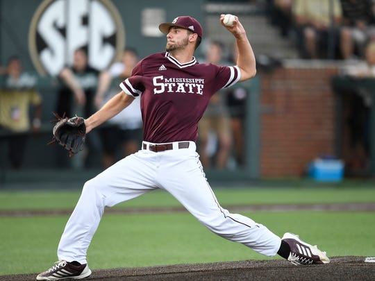 Mississippi St. pitcher Ethan Small (44) throws in a pitch in the first inning at the NCAA Super Regional Friday June 8, 2018, at Hawkins Field in Nashville, Tenn.