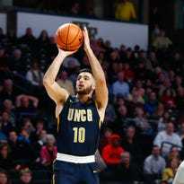 Francis Alonso has 17, UNC Greensboro Spartans shock N.C. State