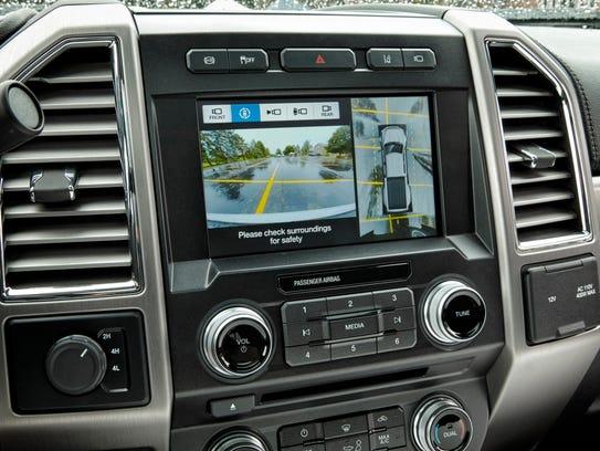 The 2017 Ford F-450 Super Duty Platinum Crew Cab has