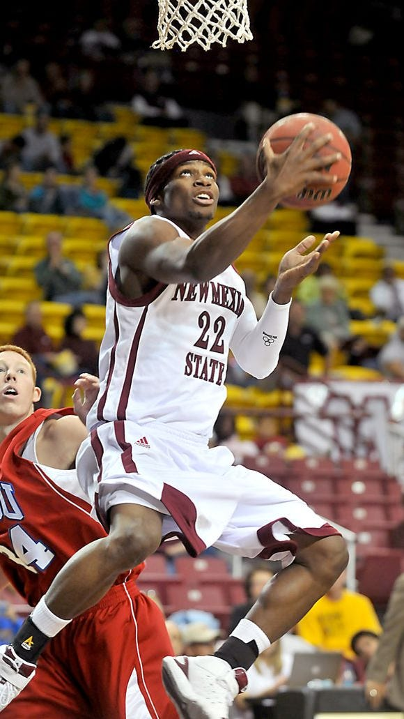 Former New Mexico State guard Jonathan Gibson has signed