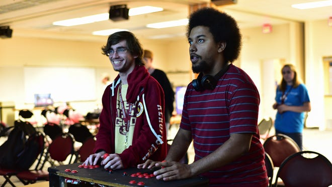Gamers gathered in Room 101 of the Askew Student Life Center on Thursday, November 10th, to play recent and smash hit indie games spanning multiple platforms and generations. The event was hosted by the ASLC's Game Committee.