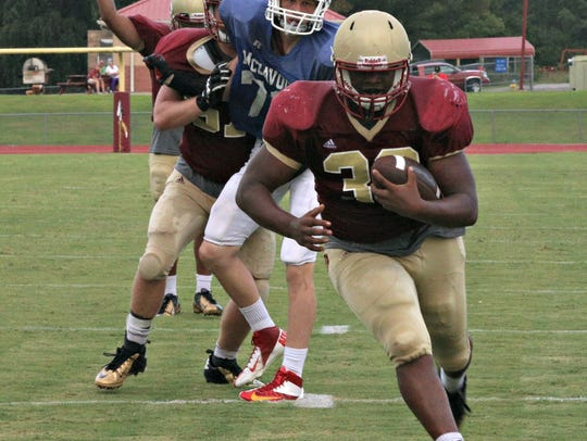 Riverdale's Marques Locke rambles into the end zone