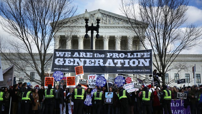 Protesters at the Supreme Court on Jan. 22, 2015.