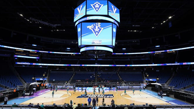 General view of the North Carolina-Wilmington Seahawks practice prior to the first round of the NCAA Tournament at Amway Center.