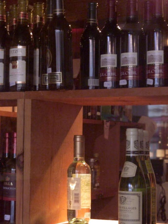 111016-sb-liquorestory.jpg
