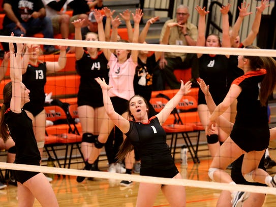 Sprague celebrates a point in the Tualatin vs. Sprague
