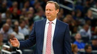 Feb 8, 2018; Orlando, FL, USA; Atlanta Hawks head coach Mike Budenholzer against the Orlando Magic at Amway Center. Mandatory Credit: Aaron Doster-USA TODAY Sports