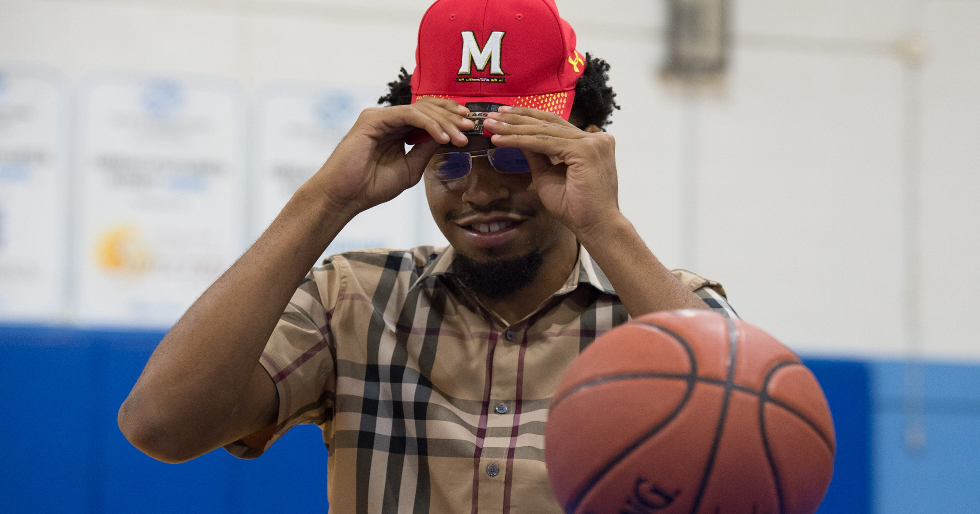 Wilmington native Eric Ayala chooses Maryland for college