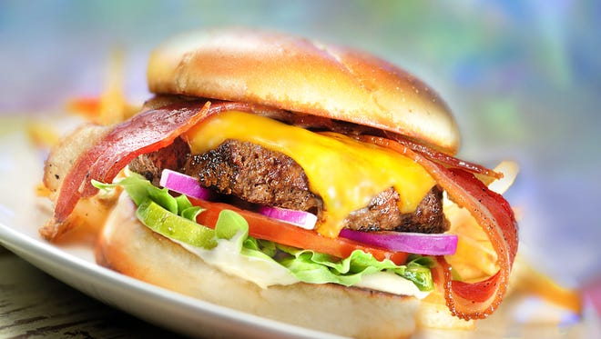 The Cheeseburger in Paradise in Fishers has closed and will reopen as a Fuddruckers.