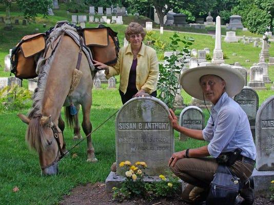 Ende Susan B grave