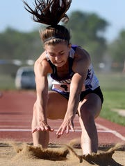 Belle Fourche's Shayla Howell lands while competing
