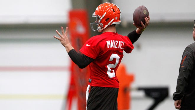 Browns quarterback Johnny Manziel throws during a minicamp session Saturday.