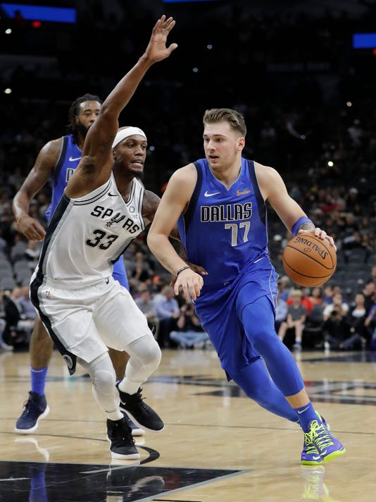 Mavericks_Spurs_Basketball_26346.jpg