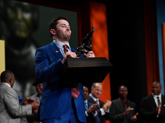 2017-12-9 baker mayfield wins heisman
