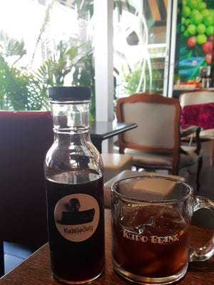 * Palisades Park café now bottling its cold-brew coffee