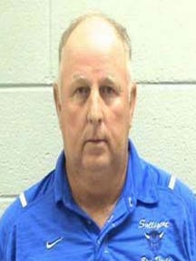 Former Smithville coach Dwight Bowling