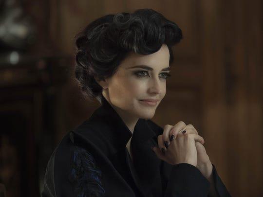 "Miss Peregrine (Eva Green) runs an orphanage in ""Miss"