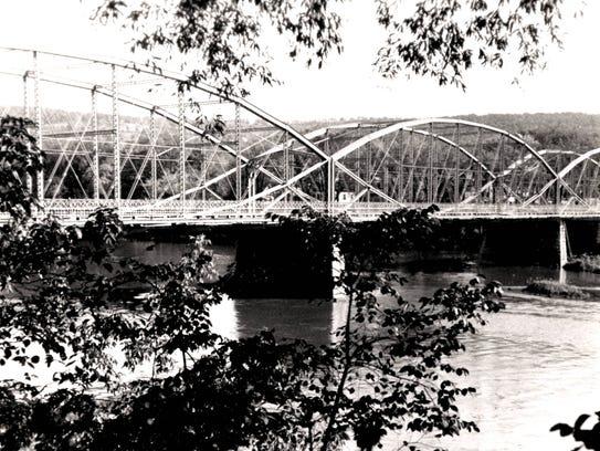 The Washington Street Bridge replacement for the White
