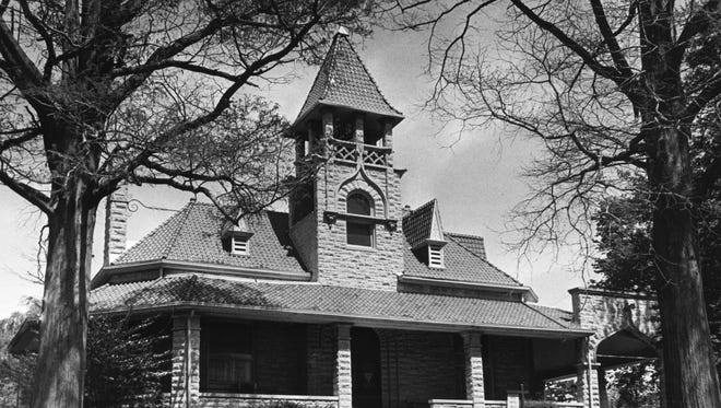 This photo shows the chapel built in 1899, designed by prolific local architects William Harris and Clifford Shopbell, which now serves as administration building for city cemeteries.