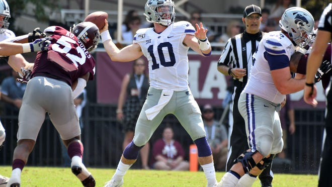 Kansas State senior quarterback Skylar Thompson (10) said Tuesday that he wants to play this year. The Big 12 opted to do that on Wednesday, announcing its 2020 fall schedule.