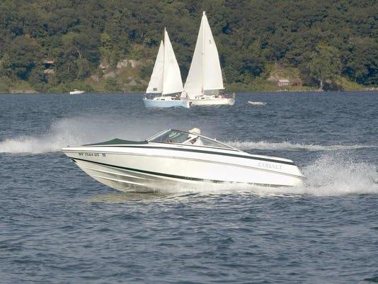20020825_boating_lake_mp