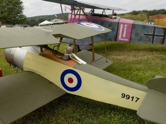 KEVIN BREEN, WWI SOPWITH PUP MODEL AIRPLANE