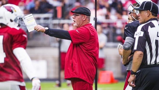 Arizona Cardinals Head Coach Bruce Arians barks instructions during practice at University of Phoenix Stadium, Thursday, July 27, 2017.